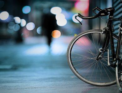 Doğada Dağ Bisikleti İle Keyifli Sürüş